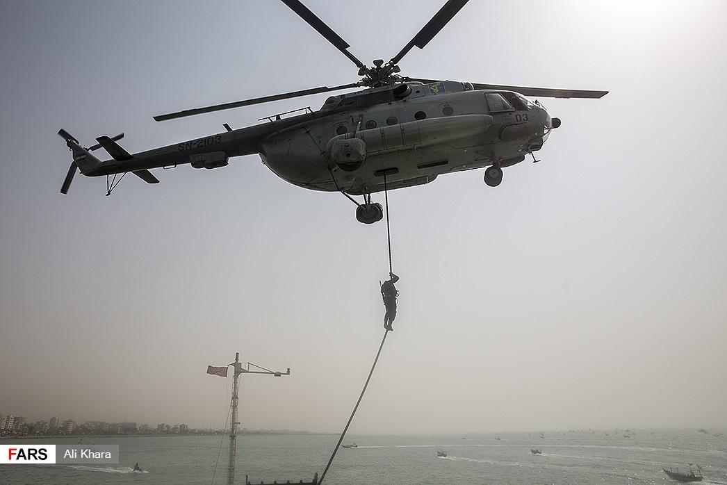 کدام یگان سپاه نفتکش انگلیسی را توقیف کرد؟