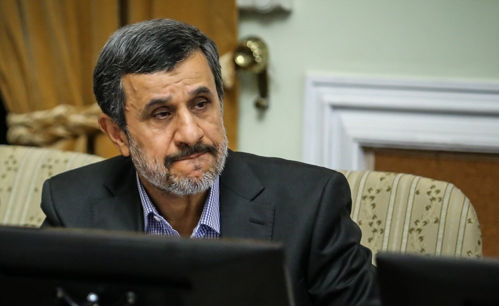 تلاش ۲ ساله احمدینژاد برای دیدار با رهبری؟