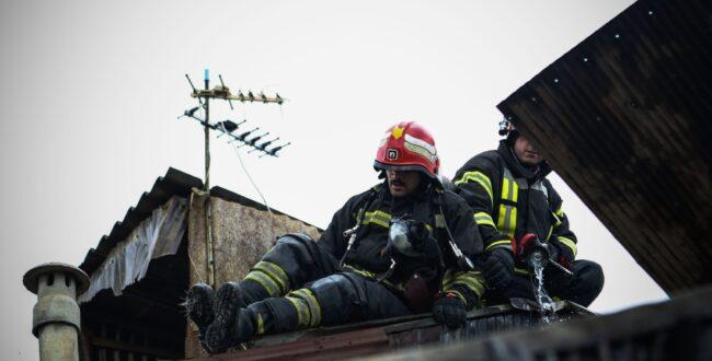 روایت تلاش آتشنشانان شهر باران در دو هفته گذشته