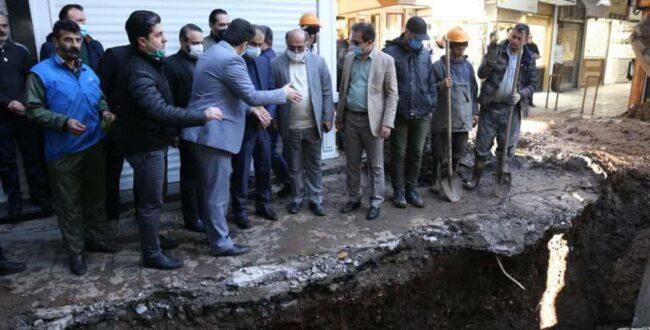 بازدید شهردار رشت از پروژه هدایت آبهای سطحی در بازار بزرگ رشت