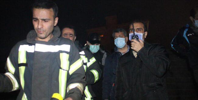 حضور شهردار رشت در کنار آتشنشانان شهر باران با تشدید آتشسوزیها در رشت و حومه شهر