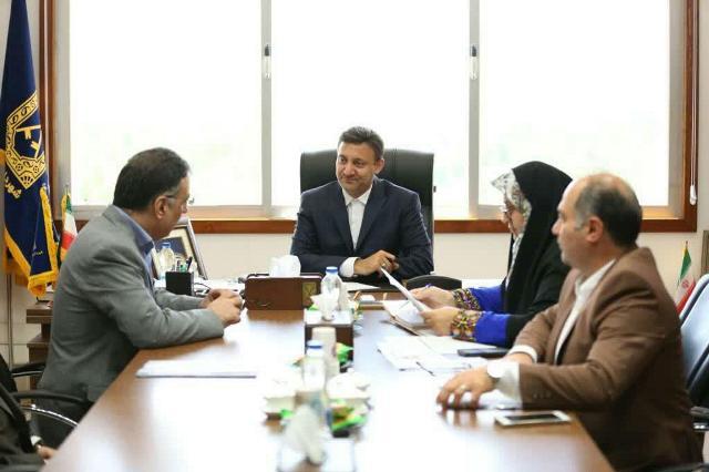 گزارش تصویری نشست شهردار رشت با مدیرکل و معاونین اداره کل امور مالیاتی استان گیلان