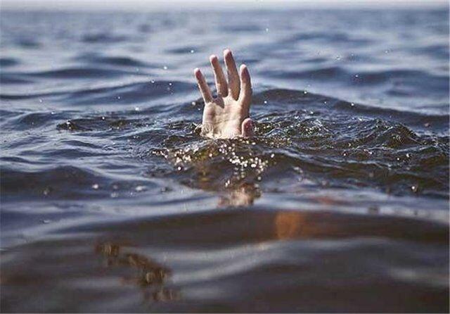تلاش برای یافتن جسد غریق در ساحل تالش