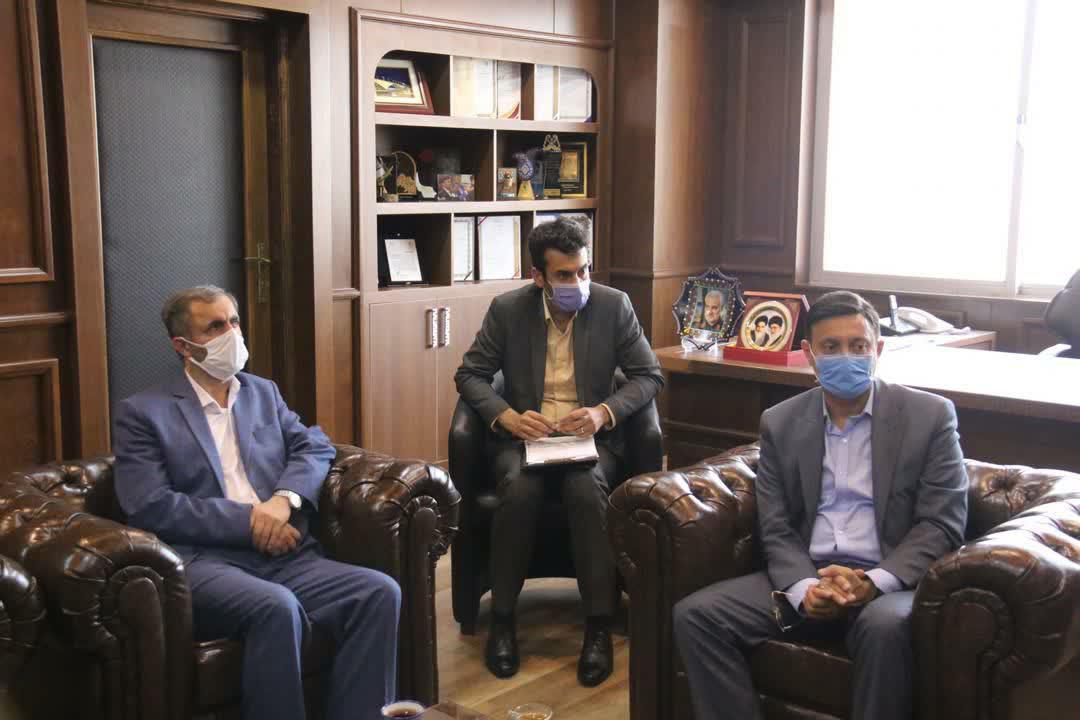 شهردار رشت با مدیر عامل مخابرات منطقه گیلان دیدار کرد