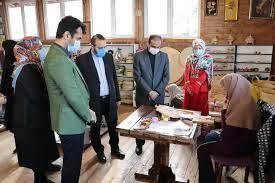 بازدید شهردار و دو عضو شورای اسلامی شهر رشت از مرکز کارآفرینی گیل بانو و دیدار با بانوان کارآفرین