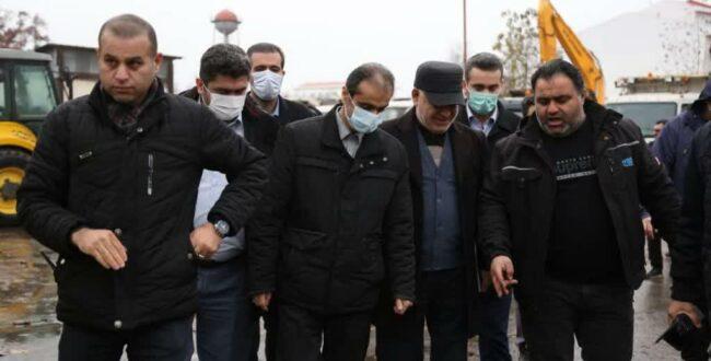 احمدی در بازدید از ماشین آلات برف روبی شهرداری رشت؛ شهرداری خود را مکلف به ارائه خدمات به موقع و مطلوب به شهروندان میداند